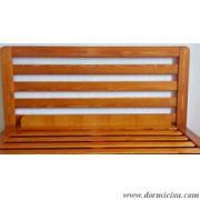 Testata in legno massello disponibile come accessorio.Vedi Prodotti correlati.