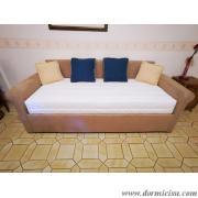 divano classico contenitore chiuso