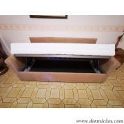 divano classico contenitore aperto