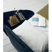 dettaglio divano night moderno pronto per dormire