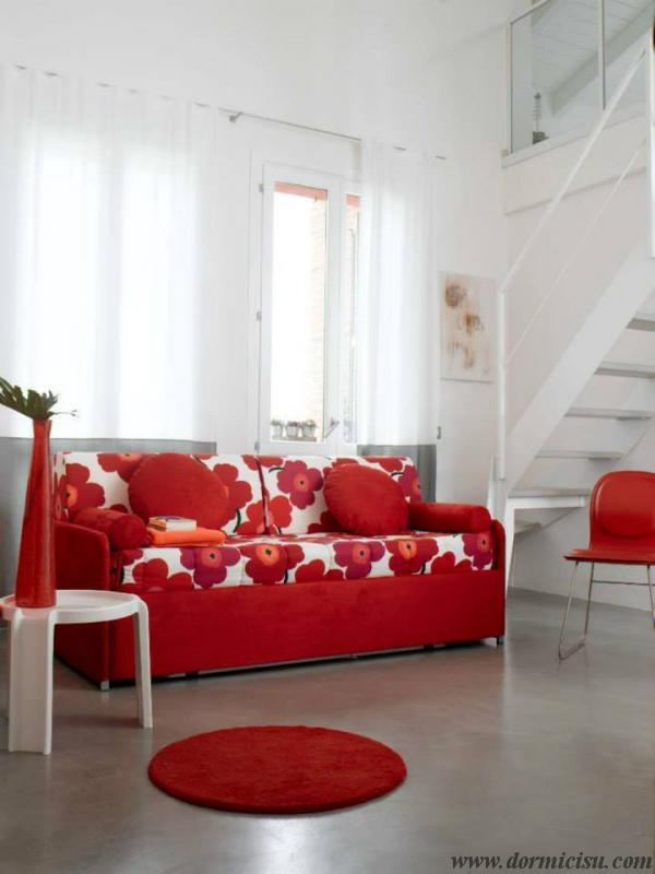 divano letto moderno chiuso