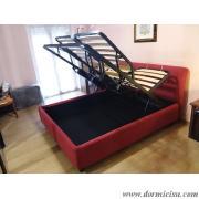panoramica del letto con rete tutta alzata
