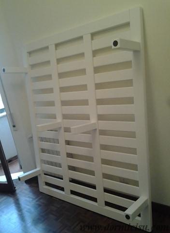 Panoramica della rete tutto legno 6 piedi.Colore Bianco.Finitura Lucida.Piedi a sezione quadra.